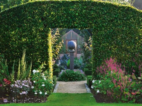 üppig Gartenideen garten bilder gartendekorationen dunkel
