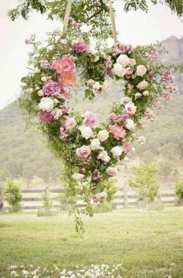 garten bilder gartendekorationen schöne Gartenideen kranz herz
