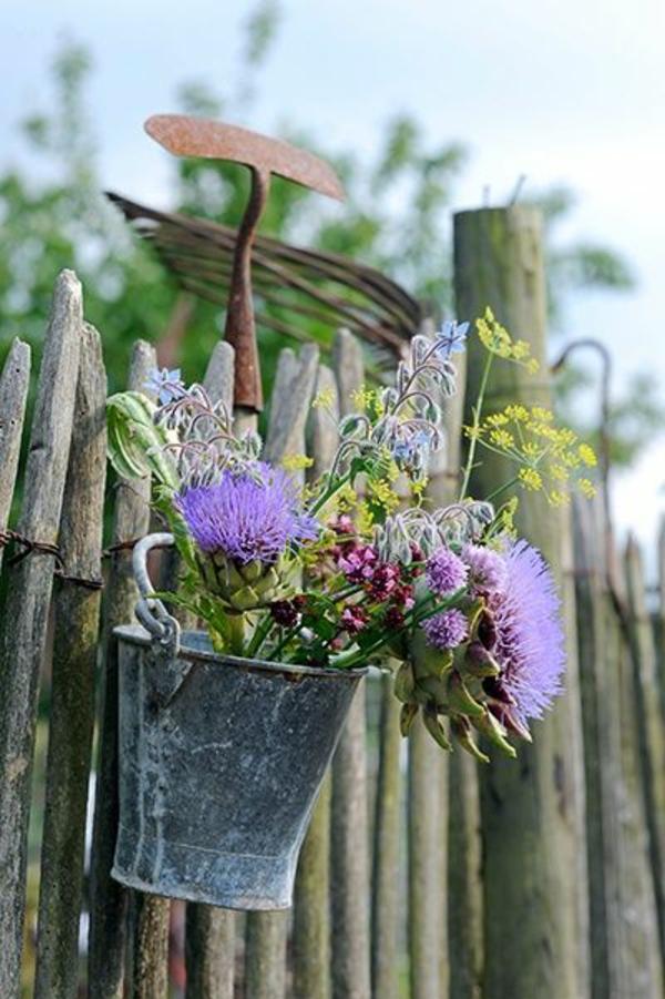 schöne Gartenideen garten bilder gartendekorationen lila