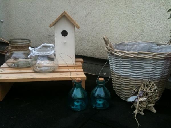 schöne Gartenideen garten bilder gartendekorationen vogelhaus