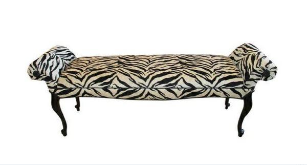 schlafzimmer bank ottomane tiermuster zebramuster schlafzimmer ideen