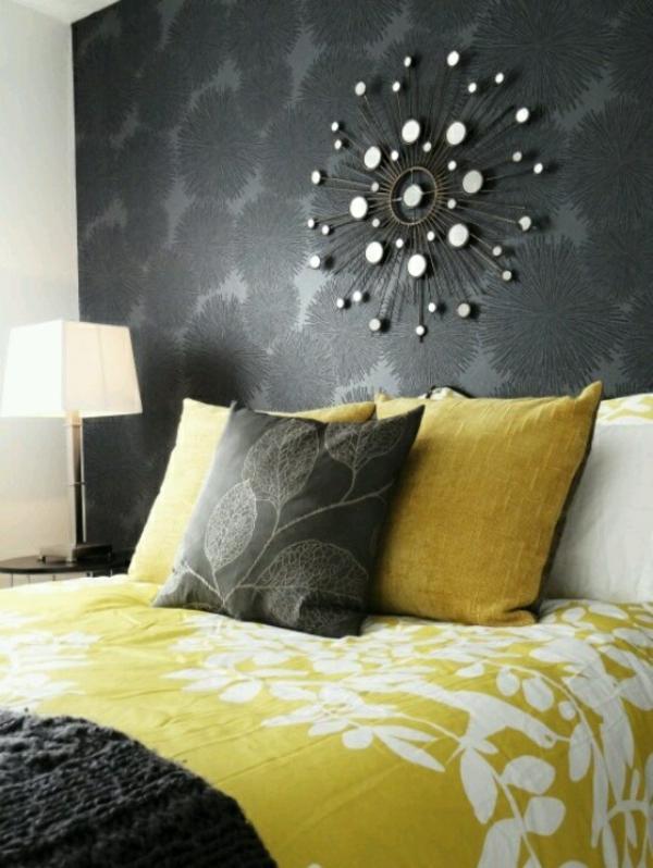 schlafzimmer schlafzimmerwand gestalten schwarze wandtapete