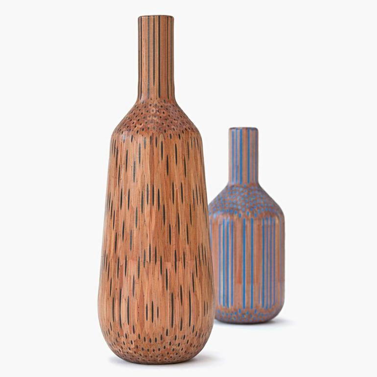 skandinavisches design deko vasen aus bleistiften. Black Bedroom Furniture Sets. Home Design Ideas