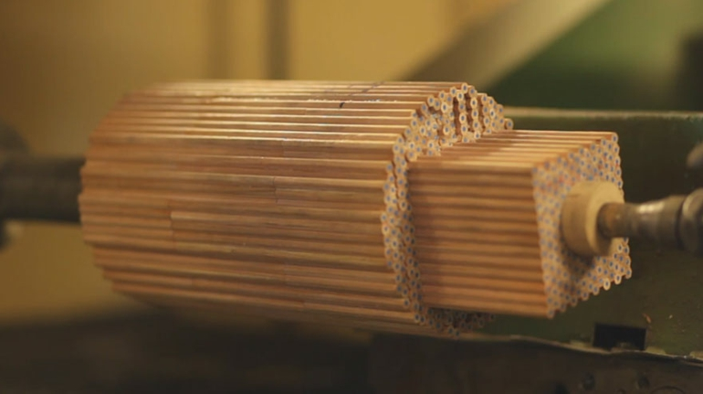 skandinavische möbel deko vasen aus holz amalgamated studio markunpoika