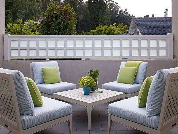 terrassengestaltung beispiele kaffeetisch sessel terrassenmöbel ideen