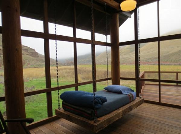 terrassengestaltung hängebett blaue auflage