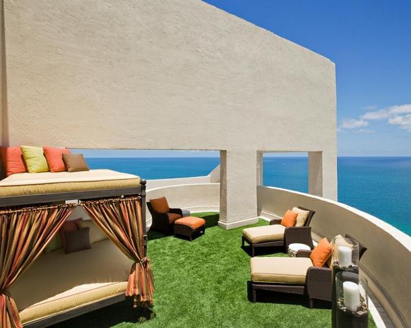 terrassengestaltung outdoor bett auf 2 ebenen