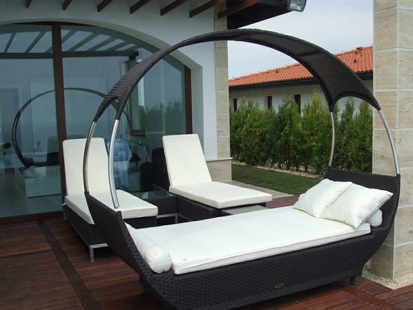 terrassengestaltung outdoor bett loungebett