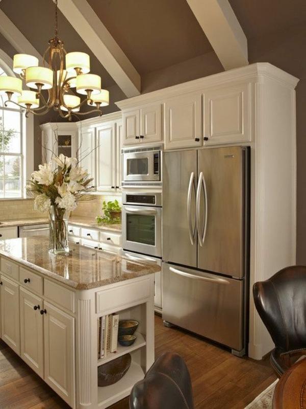 küche weiße küchenmöbel kücheninsel eingebauter kühlschrank