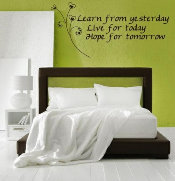 wanddeko schlafzimmer farben Schlafzimmerwand grün