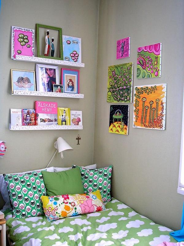 Schlafzimmerwand gestalten thematische wanddeko im for Zimmerwand farben