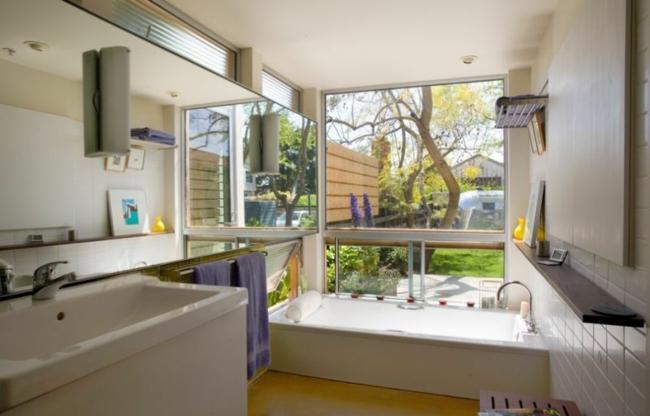 wellness badewanne mit whirlpool moderne badezimmer