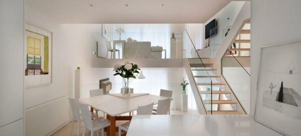 einraumwohnung einrichten auf 2 ebenen treppe glas geländer