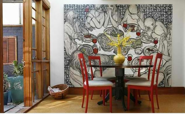 esszimmer moderm wand art rote stühle