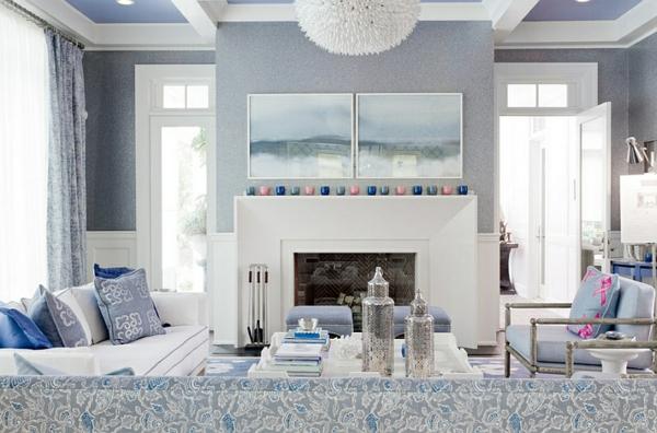 innendesign blau und weiß wohnzimmer kamin