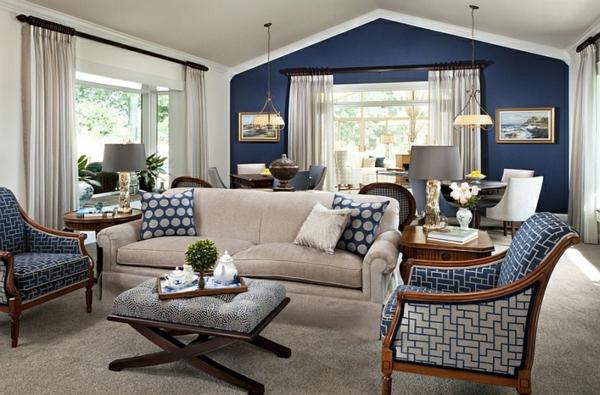 innendesign blau und weiß wohnzimmer pendelleuchten sitzecke