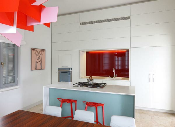 küchenlösungen für kleine küchen orange akzente