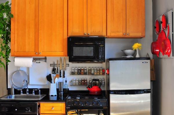 wohnideen k chenl sungen f r kleine k chen organisation ideen. Black Bedroom Furniture Sets. Home Design Ideas