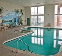 20 tolle Ideen für Schwimmbecken im Innenbereich