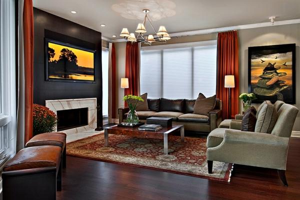 wohnideen wohnzimmer rote gardinen sofas teppich kamin gemälde