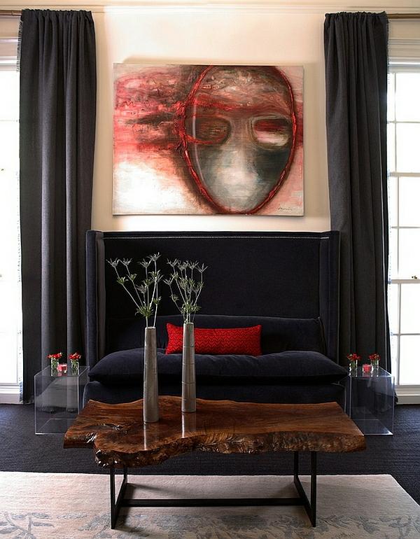wohnideen wohnzimmer rustikaler holztisch schwarzes sofa