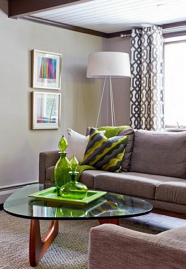 wohnzimmer beleuchtungsideen standleuchten stativlampe couchtisch sofa
