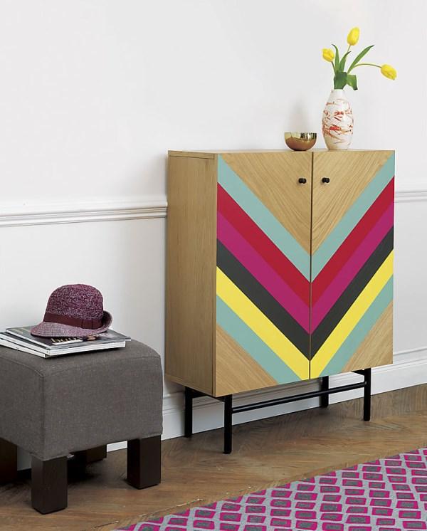 wohnzimmer möbel kommode moderne wohnideen farbige geometrische muster chevronmuster