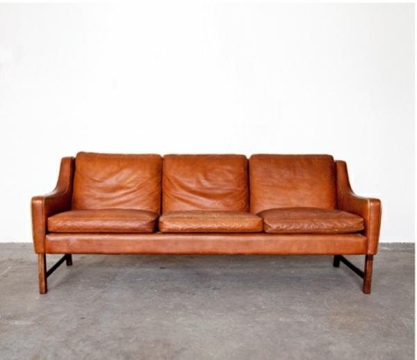 wohnzimmer sofa ledersofa färben lederpflege farblich auffrischen