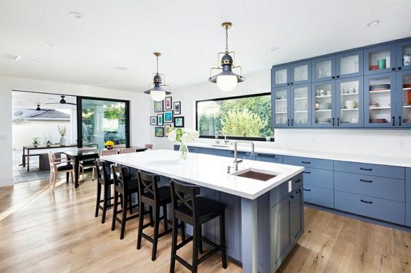 zeitgenössische küche innendesign blauer schrank