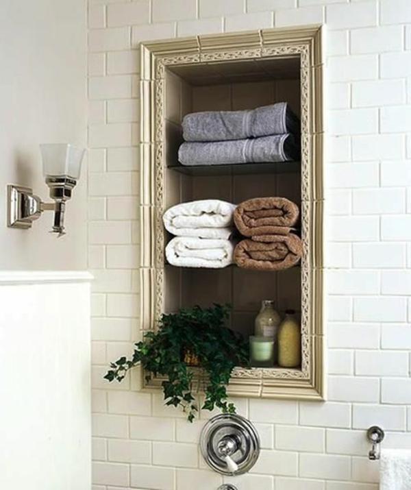 Badideen für kleines Bad eingebaut regale tücher
