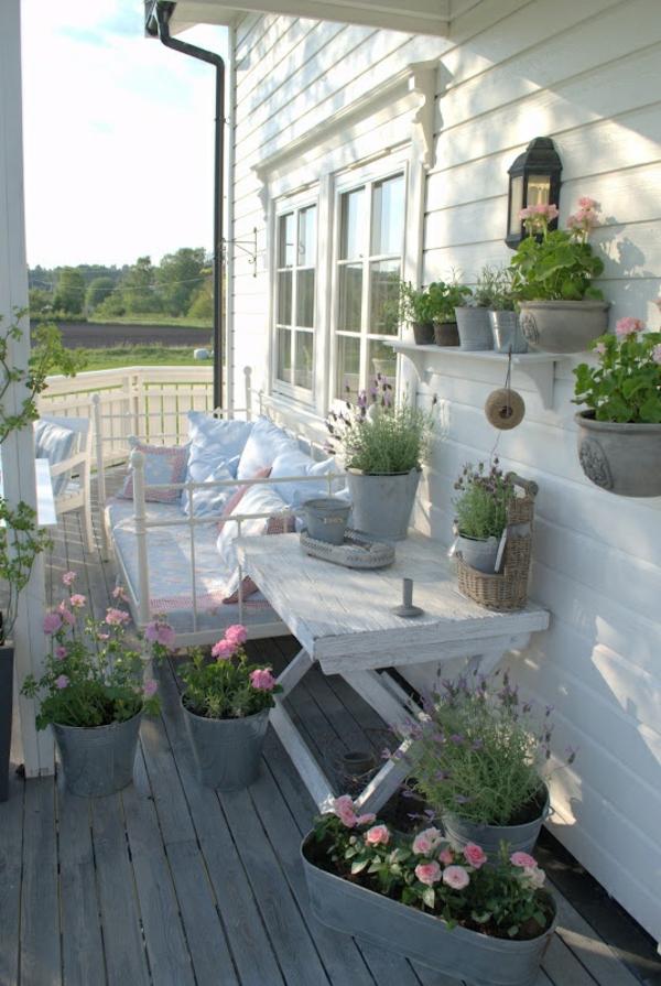 Balkonbepflanzung Ideen natur