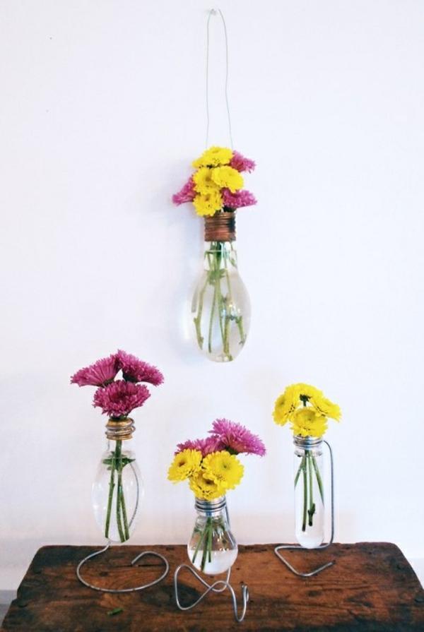 DIY Deko aus Glühbirnen blüten blumen
