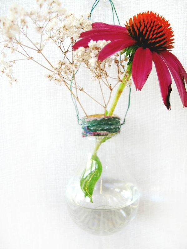 DIY Deko Glühbirnen große blüten