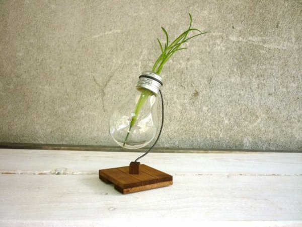 Glühbirnen ständer DIY Deko holz brett