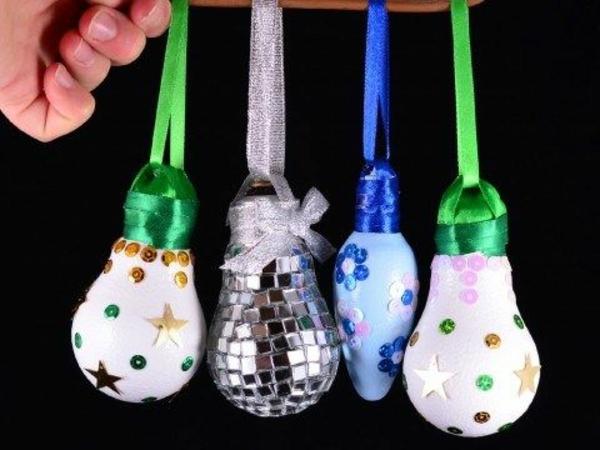DIY Deko Glühbirnen weihnachtskugel grün