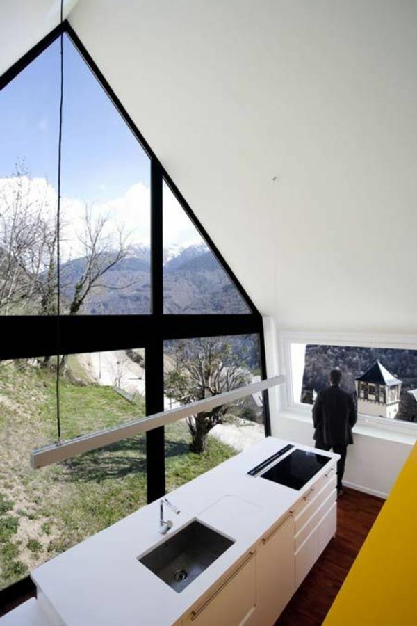 Dreiecksfenster modern architektur fensterfolien rollos designs küche