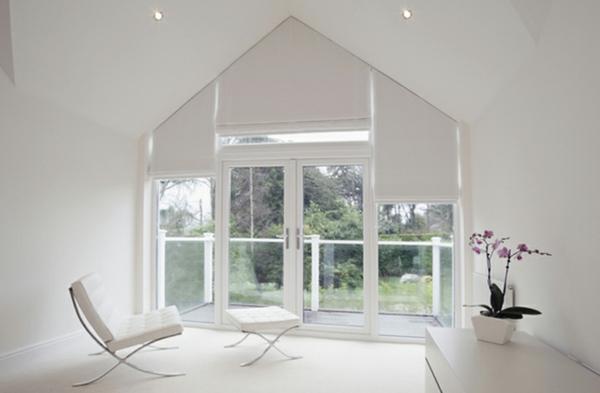 Dreiecksfenster verdunkeln fensterfolien rollos designs weiß