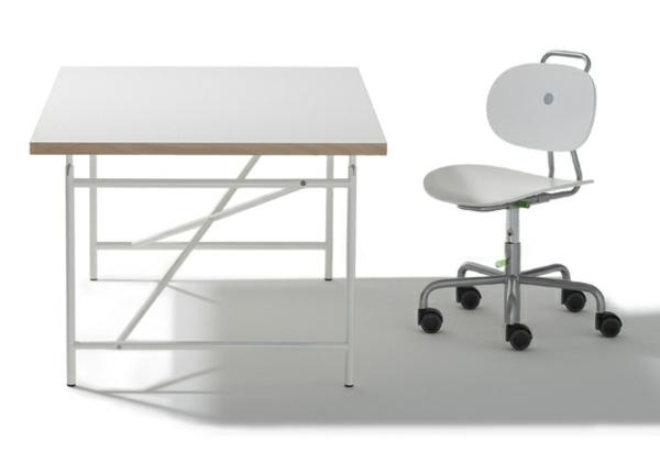 eiermann kinderschreibtisch von richard lampert. Black Bedroom Furniture Sets. Home Design Ideas