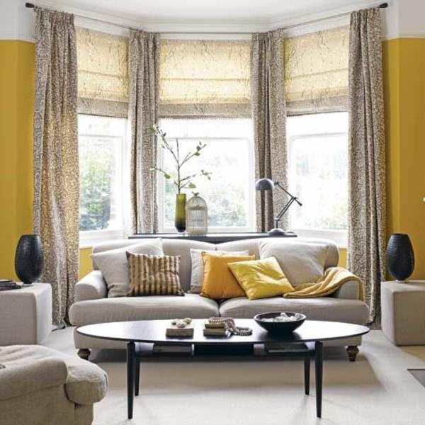 gelbe farbgestaltung Gardinenideen vorhänge fenster wohnzimmer