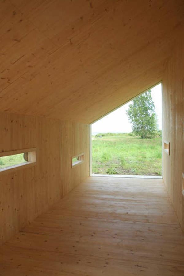 Holzbungalow Fertighaus Holz und Blockhäuser leer
