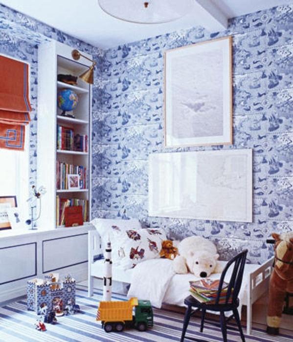 Kinderzimmer Deko tapeten bett weich blau wandfarben