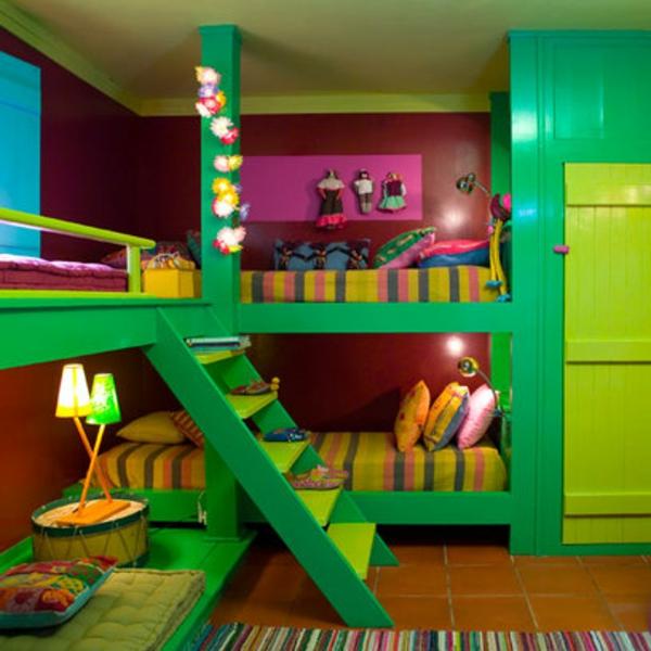 tapeten bett weich Kinderzimmer Deko grün möbel