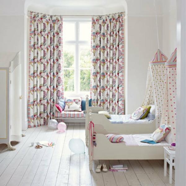 Kinderzimmer Deko Tapeten : Kinderzimmer-Deko-tapeten-bett-weich-neutral-farben.jpg