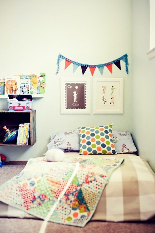 Matratze kuschelecke kinderzimmer  Kuschelecke im Kinderzimmer - Ergonomie und Gemütlichkeit