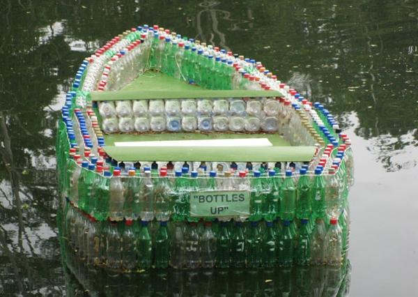 Recycling praktisch Plastikflaschen boot