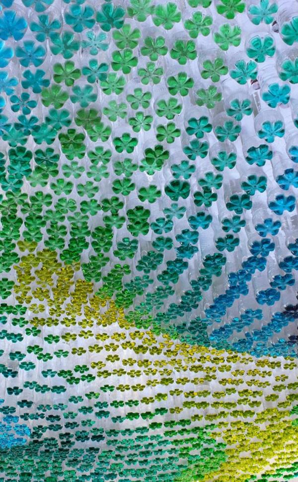 Recycling Plastikflaschen grün blau