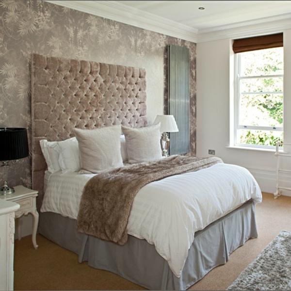 Schlafzimmer klasisch polsterung Ideen gestalten einrichten hoch kopfteil