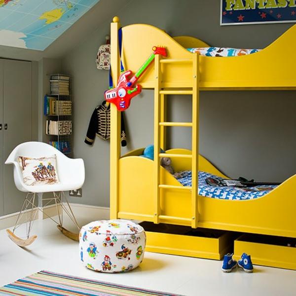 Schlafzimmer-komplett-gestalten-hochbett-treppe-gelb