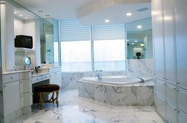 Sichtschutz für Badfenster keramisch badewanne
