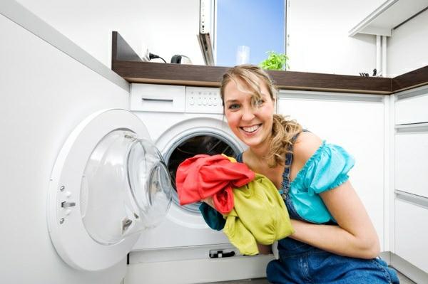 die waschmaschine stinkt  wie kann man die waschmaschine  ~ Waschmaschine Wäsche Stinkt